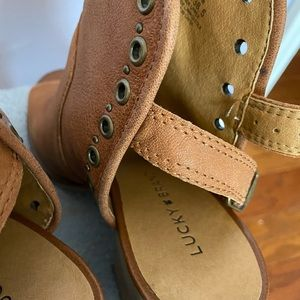Lucky brand peep toe boot shoes